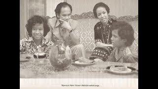 Video 14 Foto Jadul 7 Presiden Indonesia bersama Keluarga, harmonis MP3, 3GP, MP4, WEBM, AVI, FLV November 2018