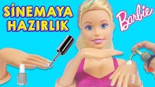 Video Barbie Oje Sürüp El Bakımı Yaptırıp Sinemaya Gitmeye Hazırlanıyor | Evcilik TV MP3, 3GP, MP4, WEBM, AVI, FLV Desember 2017