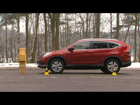 Honda CR-V with Yokohama Winter Tyres on a Cold Wet Road
