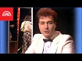 Spustit hudební videoklip Michal David - Každý mi tě, lásko, závidí (Oficiální video)