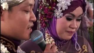 Video Live Beautiful Wedding Party Sing A Song Janji Suci Yovie Nuno MP3, 3GP, MP4, WEBM, AVI, FLV November 2017