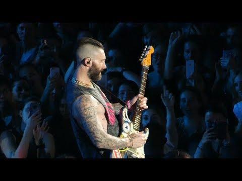 Maroon 5 - Moves like Jagger - Live Paris 2019