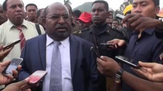 Video Gubernur Papua Bakar 18 Ribu Proposal Milik Masyarakat MP3, 3GP, MP4, WEBM, AVI, FLV Agustus 2018
