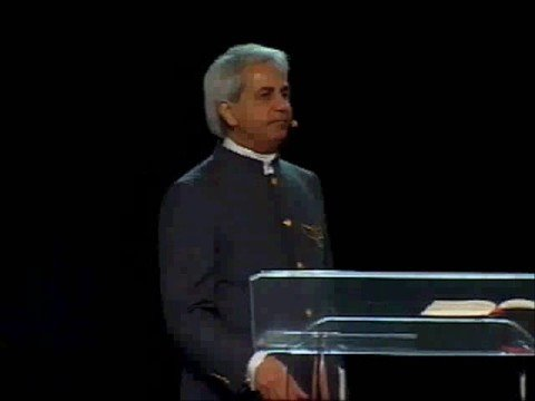 Benny Hinn sings 'Breathe Upon Me' and 'Holy Ground'