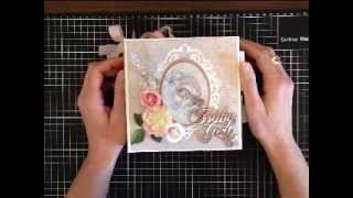 A pocket page mini album that I have created using papers from the Vintage Baby Collection by Maja Design. The original tutorial ...