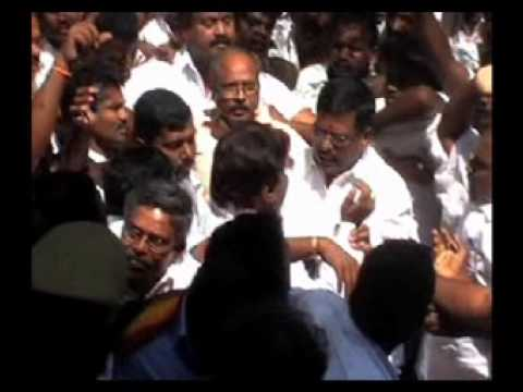 vijayakanth hit by MLA - first on youtube