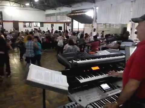 DINO CASTRO SHOW BAILE DIA INTERNACIONAL DA MULHER NO EVANGÉLICO EM CONDOR RS