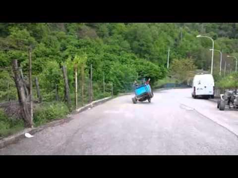 piaggio ape stunt (2 ruote)