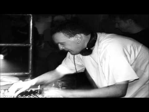 DJ Toky @ Material Gain_Czech Republic 14. 4. 2000