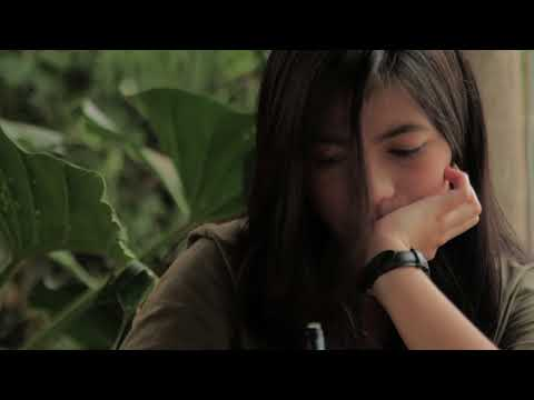 Download Lagu Sarah Lala - Asmara Terbuang (Official Music Video) Music Video