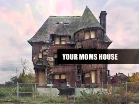 Your Mom's House #058 - Christina Pazsitzky & Tom Segura
