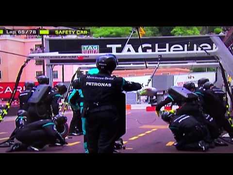 Galvão desfaz de repórter na F1 em Mônaco.