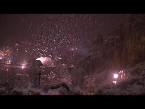 العرب اليوم - شاهد: استمرار موجة البرد وتساقط الثلوج في المغرب