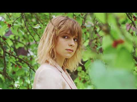 Gabrielle Aplin - Used To Do (Official Audio)