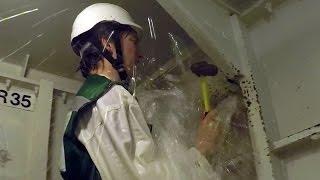 Video Sinking Ship Simulator: The Royal Navy's Damage Repair Instructional Unit MP3, 3GP, MP4, WEBM, AVI, FLV Mei 2019