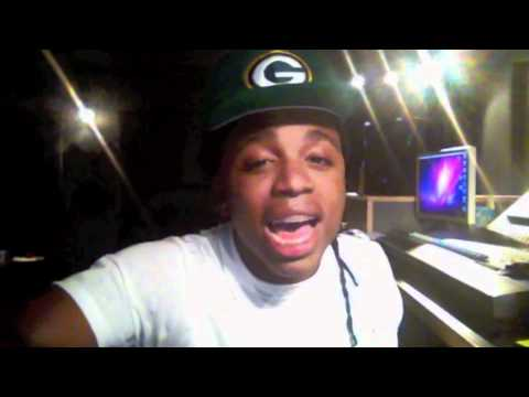 Jacquees sings Trey Songz Yo Side of the Bed