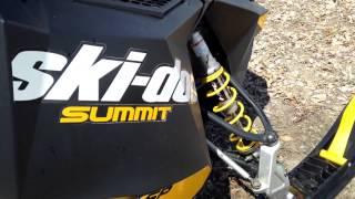 10. 2012 Ski-doo Summit SP 154 800 E-TEC
