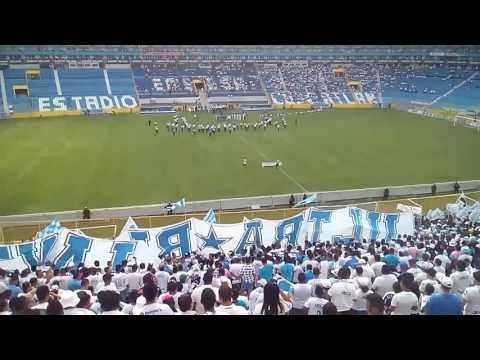 Recibimiento al Alianza fc vs pasaquina! - La Ultra Blanca y Barra Brava 96 - Alianza