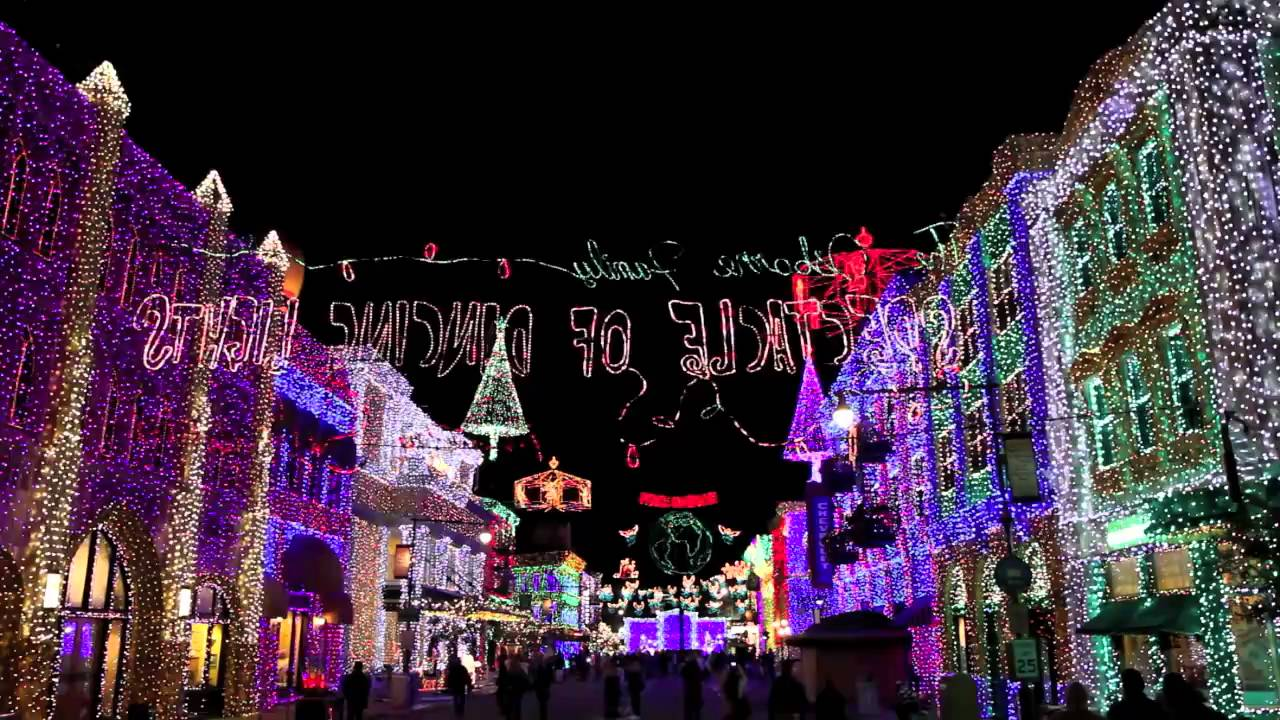Osborne Family Spectacle of Dancing Lights 2009 - Feliz Navidad