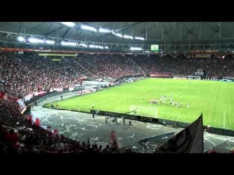 Un minuto de silencio  • Estudiantes 3 - Gimnasia 0 (Transición 2016) - Los Leales - Estudiantes de La Plata