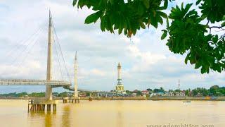 Jambi Indonesia  city images : Jalan-Jalan di Jembatan Pedestrian dan Menara Gentala Arasy - Jambi Indonesia