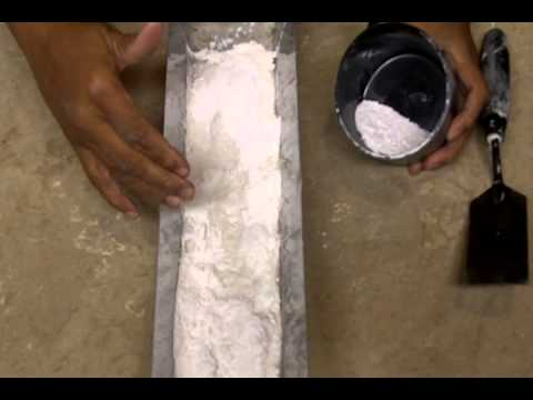 How to Mix Drywall Mud by Hand