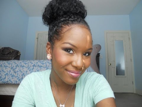 Best of the Web: Kelsey's Bun Tutorial - This technique will work as long as your hair is long enough to make a medium-length ponytail. Pinning the hair around the ponytail base makes the bun look thicker and fuller.Channel: YouTube's GlamTwinz33...