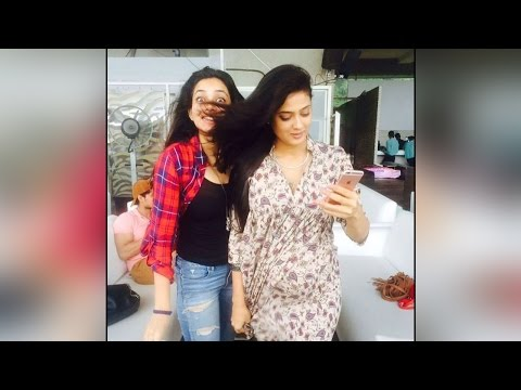 Video Shweta Tiwari flaunts her baby bump, looks super cute | Filmibeat download in MP3, 3GP, MP4, WEBM, AVI, FLV January 2017