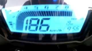 1. Honda CB500F 2013 TOP SPEED