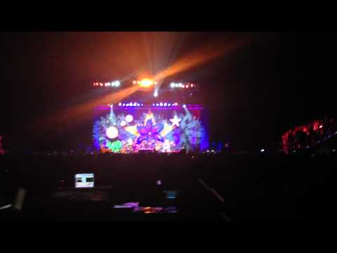 """June 30, 2012 Concert–Ringo Starr and His All Star Band–""""Give Peace a Chance"""" Finale"""