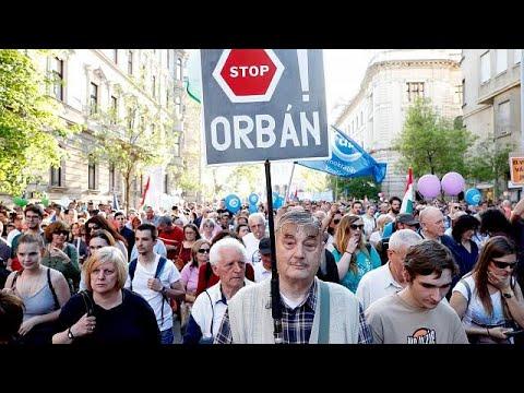 Νέα μεγάλη διαδήλωση κατά του Όρμπαν