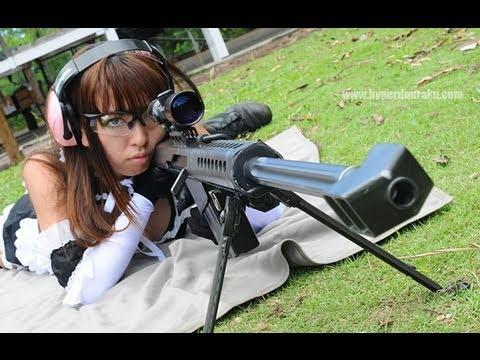 Khi gái Nhật bắn Barrett M99 :D