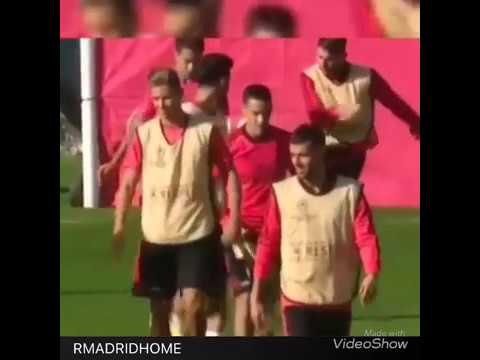 Sergio Ramos kicks ball at Reguilon twice after being hit with elbow