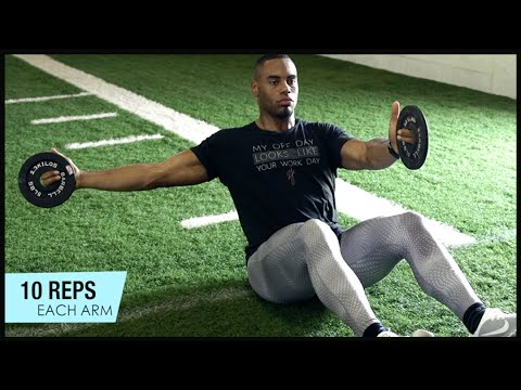 NFL選手でも!地道なコアトレーニングを続けています