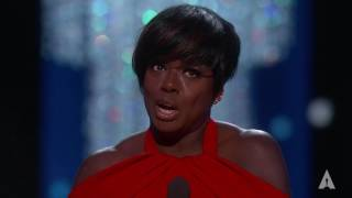 Video Viola Davis wins Best Supporting Actress MP3, 3GP, MP4, WEBM, AVI, FLV September 2019