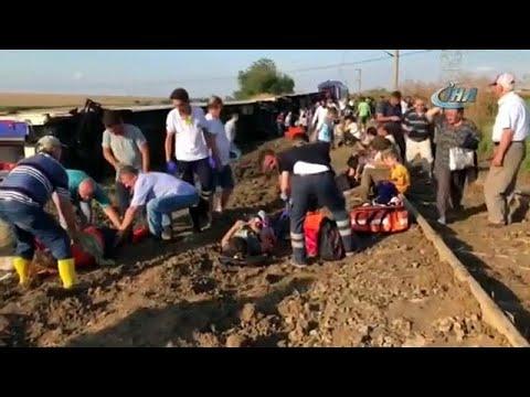 Zehn Tote bei Zugunglück im Nordwesten der Türkei