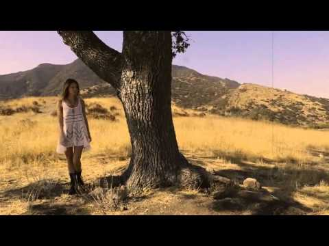 HummingBird - Alex Clare (Video Official)
