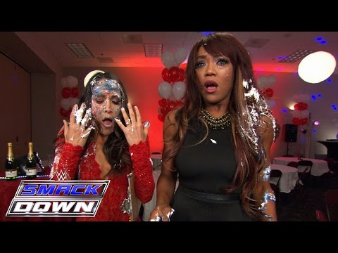 Nikki Bella's celebration blows up in her face: SmackDown, Sept. 17, 2015