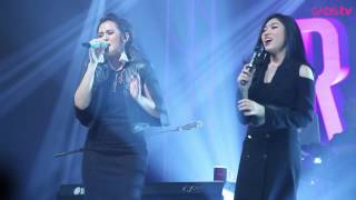 download lagu download musik download mp3 Raisa & Isyana Sarasvati - Anganku Anganmu (Live at Raisa & Isyana Showcase)