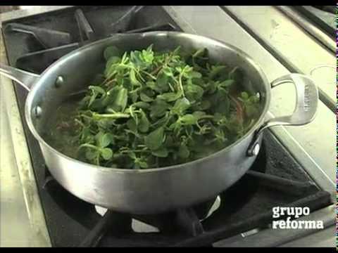 Verdolagas con puerco en salsa verde