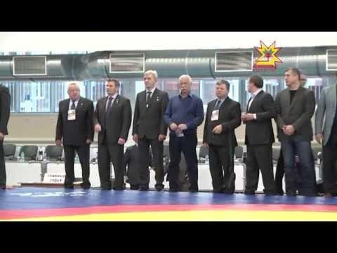 В Новочебоксарске прошел турнир по вольной борьбе среди мужчин