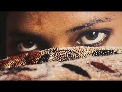 Γκαλερί Σαάτσι: Η βραβευμένη έκθεση της Γαλλίδας φωτορεπόρτερ Λίζι Σαντίν…