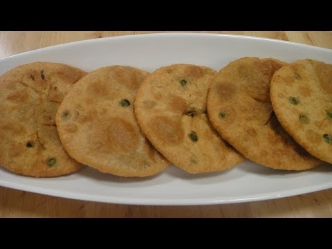 GREEN PEAS KACHORI 10 March 2014 11 AM