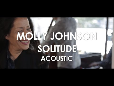 Tekst piosenki Molly Johnson - Solitude po polsku