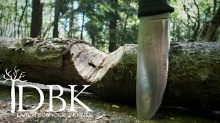 Bushcraft VS Survival knife