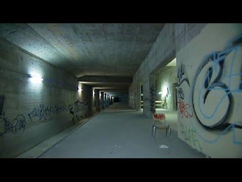 Wie viele Geisterbahnhöfe gibt es in Berlin, die derzei ...