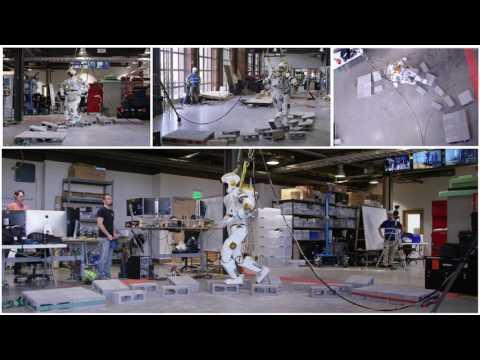 Valkyrie-robotti valitsee parhaimman reitin ja astelee yli kivien