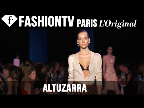 Fashion TV - http://www.FashionTV.com/videos NEW YORK CITY - See Altuzarra's new collection for Spring/Summer 2015 on the runway at Mercedes-Benz New York Fashion Week. F...