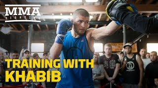 Video Training With Khabib: Teammates Talk What Makes Nurmagomedov Different - MMA Fighting MP3, 3GP, MP4, WEBM, AVI, FLV Oktober 2018