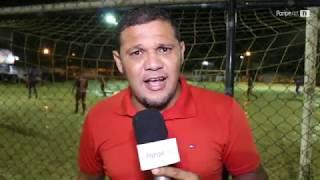 Atletas da Praça dos Esportes no bairro de Paripe sofrem com micoses e estrutura do local